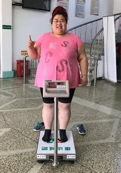 河北胖姐在长春康达医院减肥10天铲肉