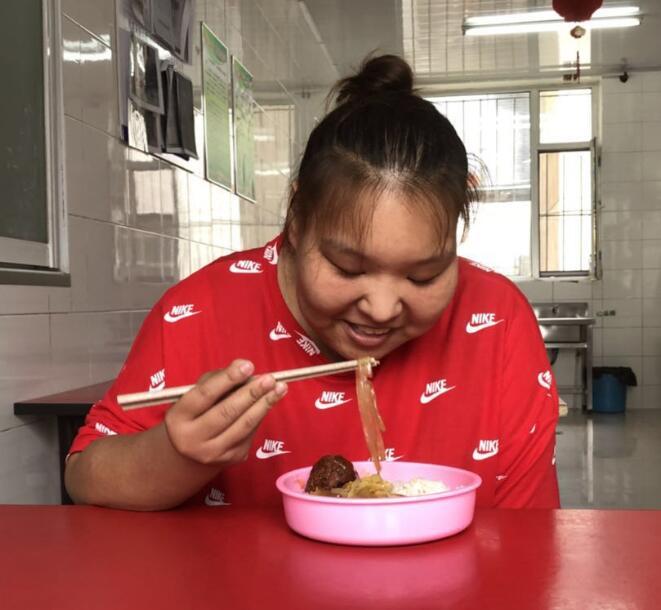 400斤姑娘在长春康达医院暴瘦近200斤